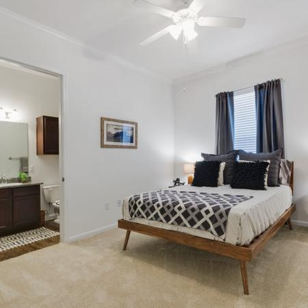 Luxurious Bedroom | Apartments in CONROE | The Grand Estates in the Forest
