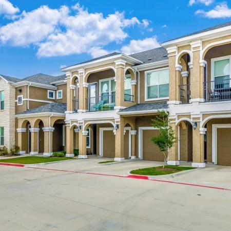 Little Elm Apartments | The Mansions 3Eighty