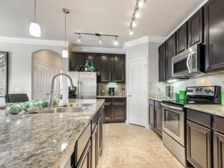 State-of-the-Art Kitchen   SAN ANTONIO Texas Apartments   The Mansions at Briggs Ranch