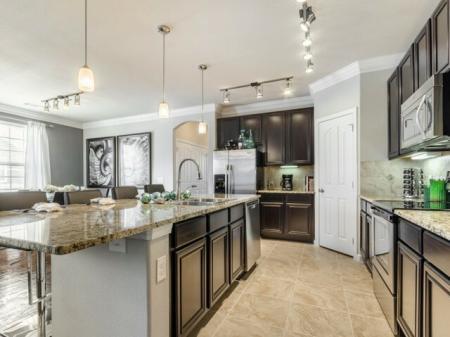 Elegant Kitchen   Apartments in SAN ANTONIO   The Mansions at Briggs Ranch