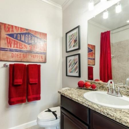 Spacious Bathroom | Apartment Homes In SAN ANTONIO | The Mansions at Briggs Ranch