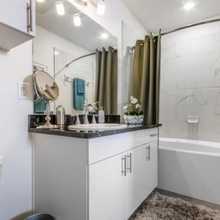 Luxurious Bathroom   3 Bedroom Apartments In Garland TX   The Mansions at Spring Creek