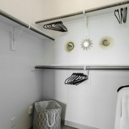 Spacious Closet   Apartments For Rent In Richardson Texas   The Mansions at Spring Creek