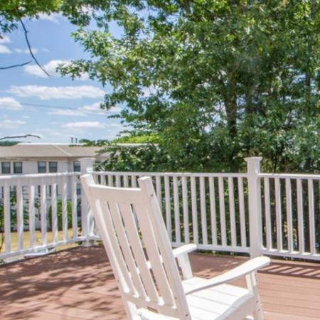 Fenced-in Courtyard | Apartment Nashua Nh | Boulder Park