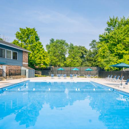 Sparkling Pool | Apartments For Rent Haverhill Ma | Princeton Bradford Apartments
