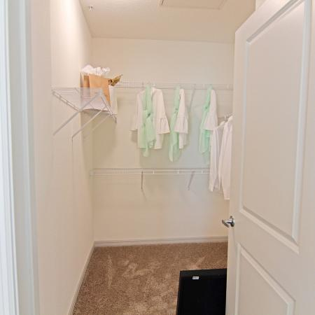 Champions Vue 2 Bedroom, 2 Bathroom Carriage House Apartment With Garage For Rent Davenport, FL