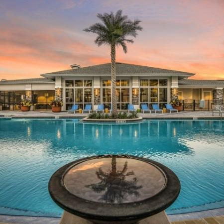 Sparkling Pool | Davenport Fl Apartments | Champions Vue Apartments
