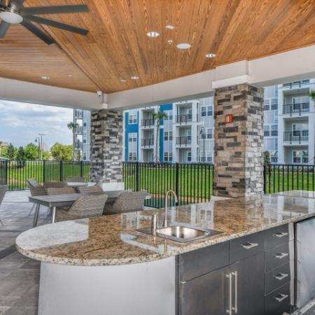 Resident Sun Deck | Apartments For Rent Davenport Fl | Champions Vue Apartments