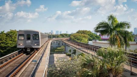 MetroRail Apartments in Miami, FL | Modera Douglas Station