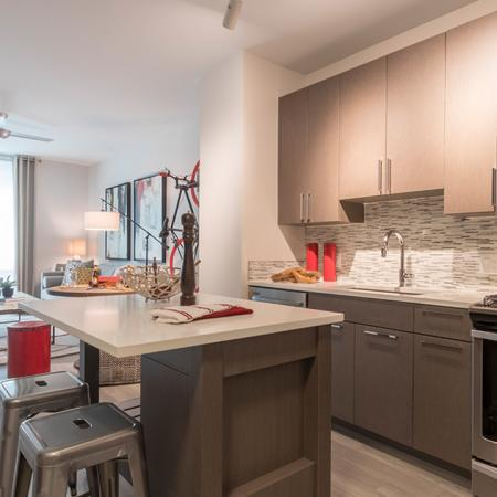 Modern Kitchen with Kitchen Island and Breakfast Bar | Modera Midtown