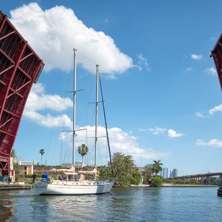 Brand New Apartment Homes | Modera Riverhouse | Miami, FL