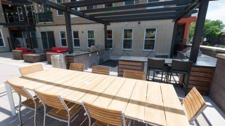 Outdoor Grilling and Dining Area   Modera Observatory Park