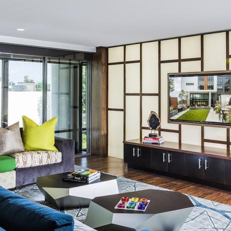 Community Lounge with Flatscreen TV | Modera Mosaic
