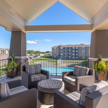 Resident Sun Deck | Apartments For Rent Kansas City Kansas | The Retreat at Tiffany Woods