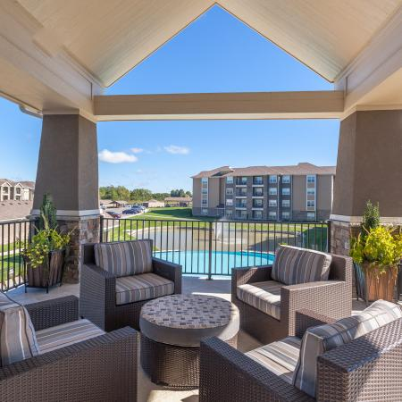 Resident Sun Deck | Apartments For Rent Kansas City Kansas | The Retreat at Tiffany Woods