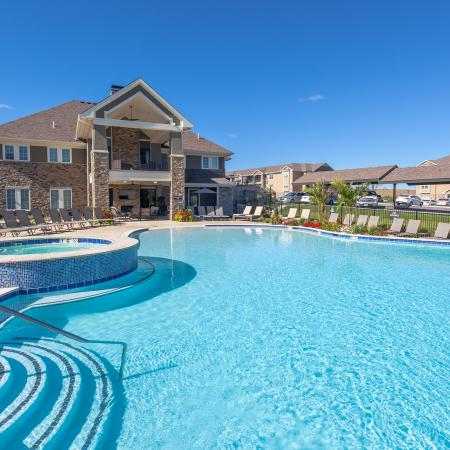 Swimming Pool | Apartments In Kansas City | The Retreat at Tiffany Woods1