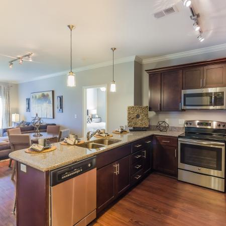 Modern Kitchen | Apartments For Rent Kansas City Kansas | The Retreat at Tiffany Woods