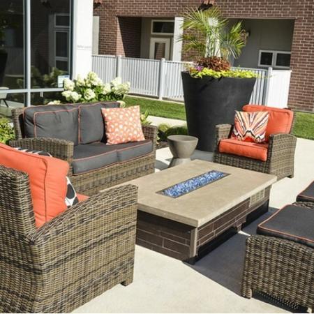 Resident Sun Deck | Apartment In Kansas City | RM West