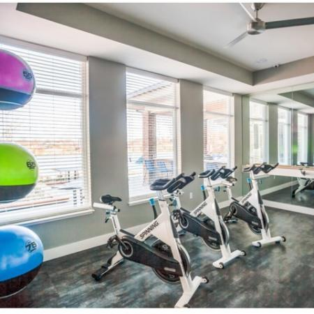 Cutting Edge Fitness Center | Lees Summit Missouri Apartments | Summit Square