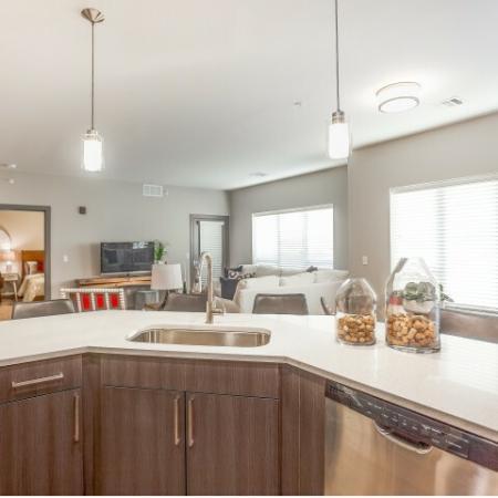 Luxurious Kitchen   Lees Summit Missouri Apartments for Rent   Summit Square