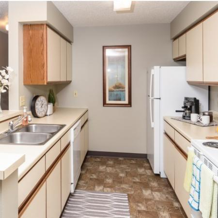 Modern Kitchen | Sioux Falls SD Apartment For Rent | Autumn Park