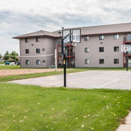 Community Basketball Court | Apartments Homes for rent in Sioux Falls, SD | Autumn Park