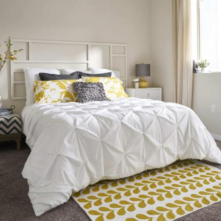 Elegant Master Bedroom | Apartments Des Moines, Iowa | Cityville I