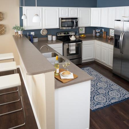 State-of-the-Art Kitchen | Waukee Iowa Apartment Homes | The Winhall of Williams Pointe