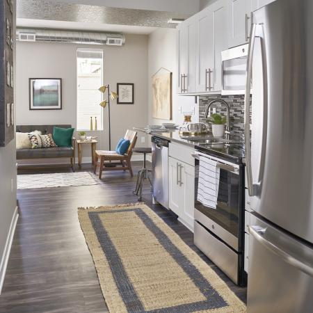 State-of-the-Art Kitchen | Des Moines Iowa Apartment Homes | 5Fifty5