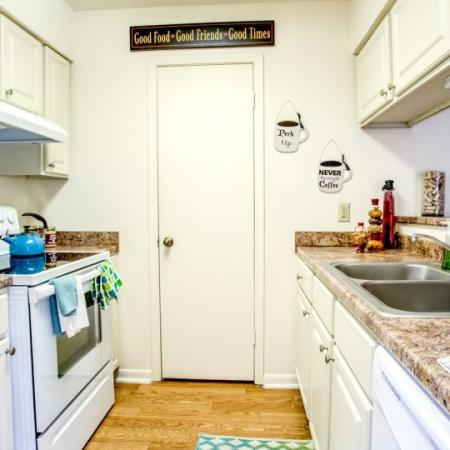 modern kitchen laurel ridge