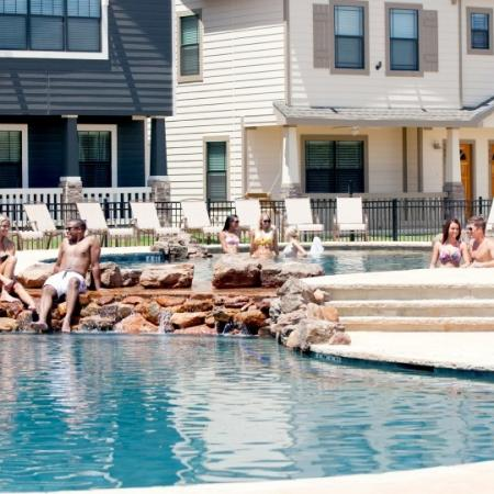 pool at san marcos college apartments