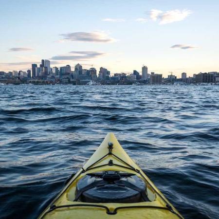 Kayak in Elliot Bay | Modera South Lake Union